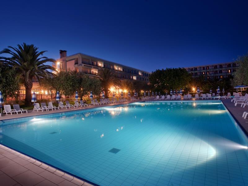 Atahotels Naxos Beach Resort ★★★★