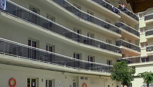 Ljoret de Mara, Hotel Don Juan Center ★★